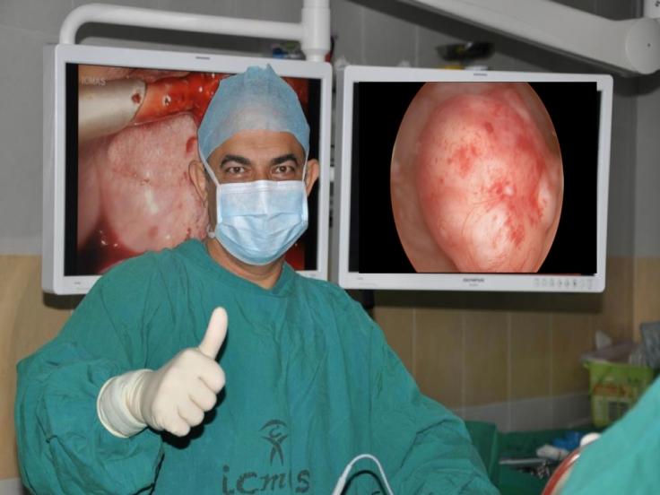Osdeen surgeon thumb up